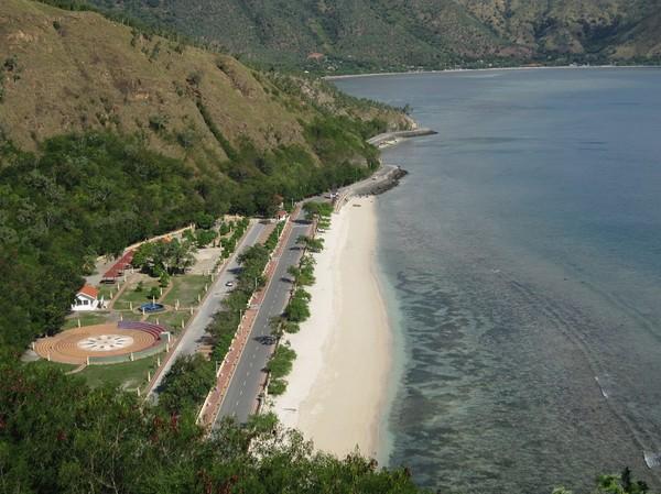 Promenaden ut till Cristo Rei (jesusstatyn några kilometer öster om Dili).