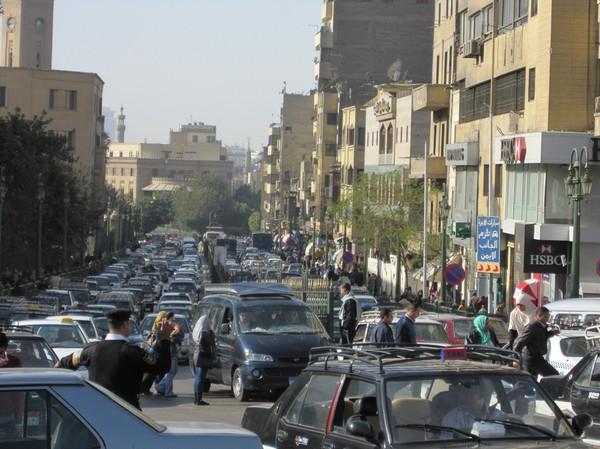 Megamycket trafik i Kairo!