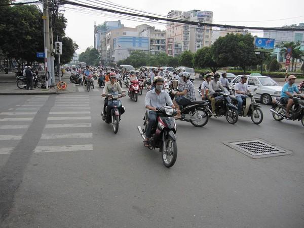 Motorcykel mayhem, Saigon.