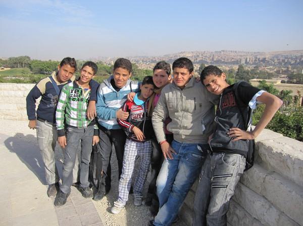 Egyptiska vänner i Al-Azhar park, Kairo.