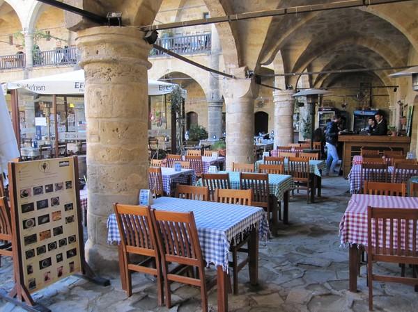 Büyük Han i den turkcypriotiska delen av Nicosia.