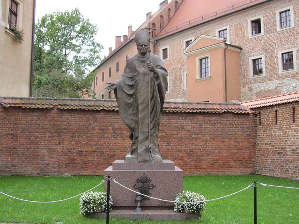 Johannes Paulus II, Wawel Royal Castle, Krakow.