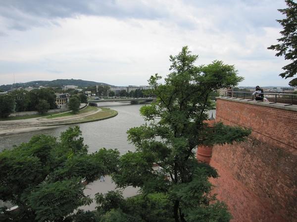 Uppe i Wawel Royal Castle med utsikt över floden Vistula, Krakow.