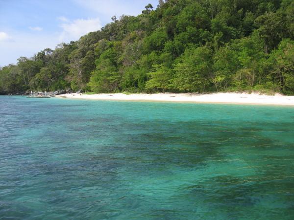 7 Commando Beach, El Nido, Palawan.