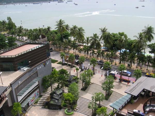 Pattaya Beach road.