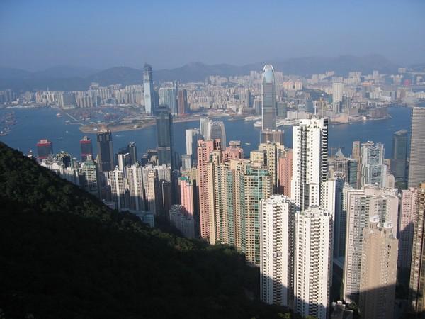 Hongkong. Den stad i världen som har flest skyskrapor. Sedan många år fler än New York.