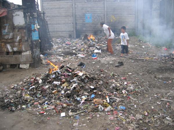 Sopor, sopor överallt, North Port District, Manila.