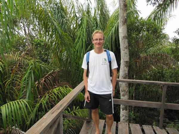 Halvvägs på djungeltrekkingen.
