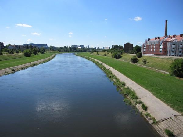Wartafloden som rinner genom Poznan.
