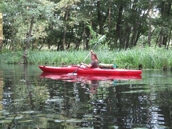 Sandra paddlar för fullt, Spreewald.