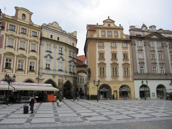 Gamla staden i Prag, en söndag morgon, sommaren 2010.
