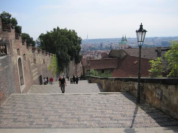 Slottstrappan ner från slottet, Prague Castle.