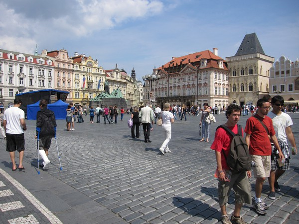 Gamla staden i Prag, en söndag eftermiddag, sommaren 2010.