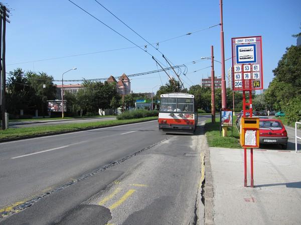 Station Zimny stadion, i närheten av mitt hotell, Bratislava.