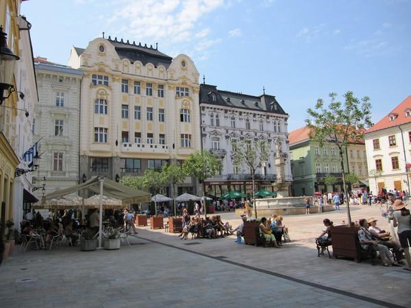 Hlavne nam, Bratislava.