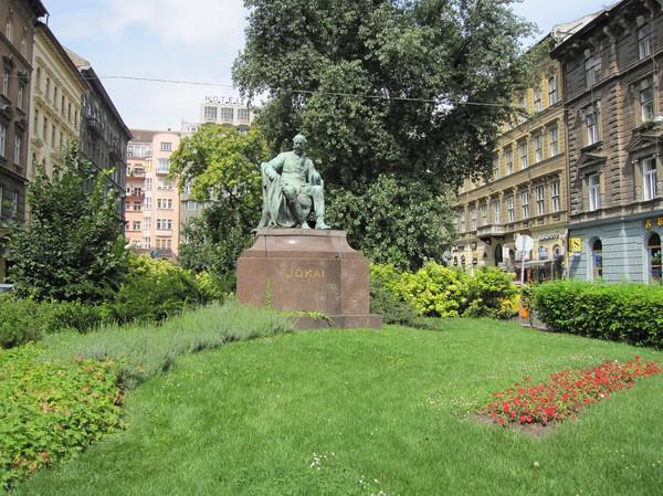 Mór Jókai, känd ungersk dramatiker och författare.