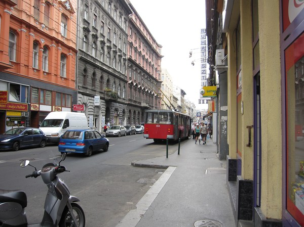 Gatuscen i Pest, Budapest.