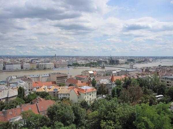 Centrala Budapest från Budapest castle district.