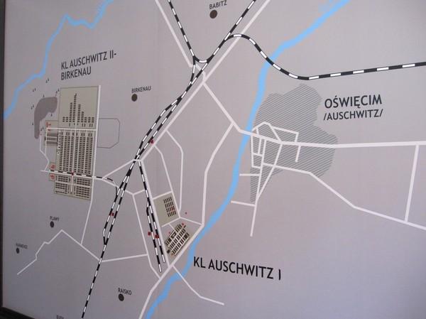 Karta över Auschwitz.