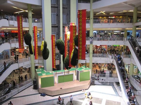 Durian, den frukt som symboliserar staden bäst, Gaisano mall, Davao.