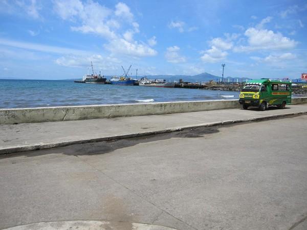 Hamnen i centrala Ormoc, Leyte.
