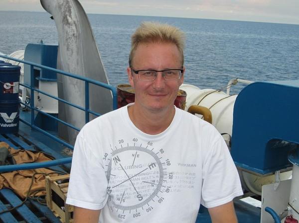Stefan på första bilden denna resa. Båtresan mellan Ormoc city och Cebu city.