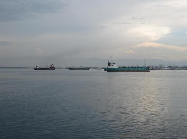 Vi börjar närma oss Cebu city. Båtresan mellan Ormoc city och Cebu city.