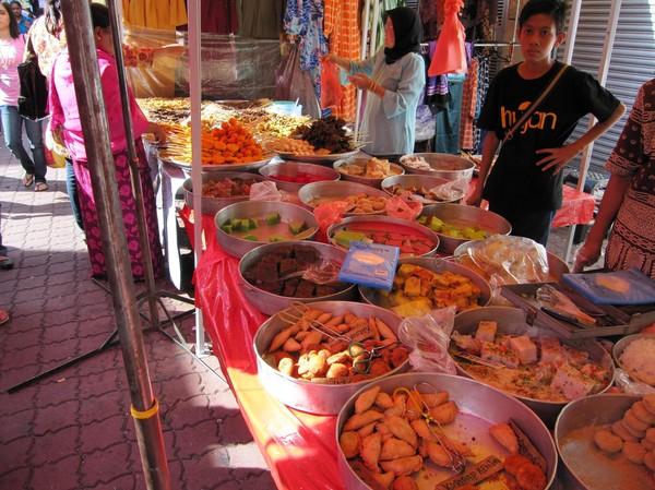 Gatuförsäljare Little India.