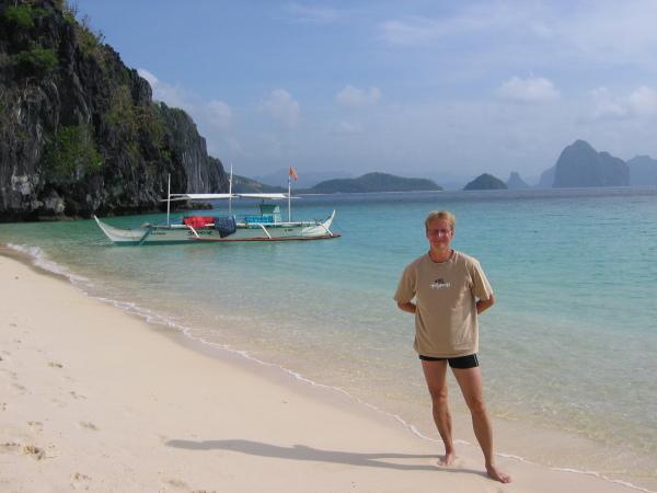 Stefan, 7 Commando Beach, El Nido, Palawan.