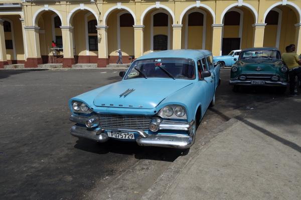 En gammal Dodge, Centro Habana, Havanna.