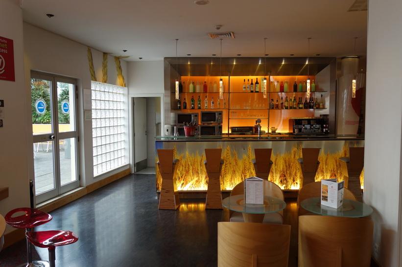 Baren på Sana Malhoa Hotel, Lissabon.