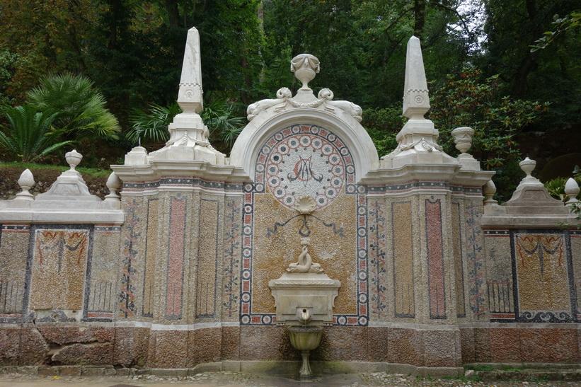 Quinta da Regaleira i historiska Sintra, Portugal.