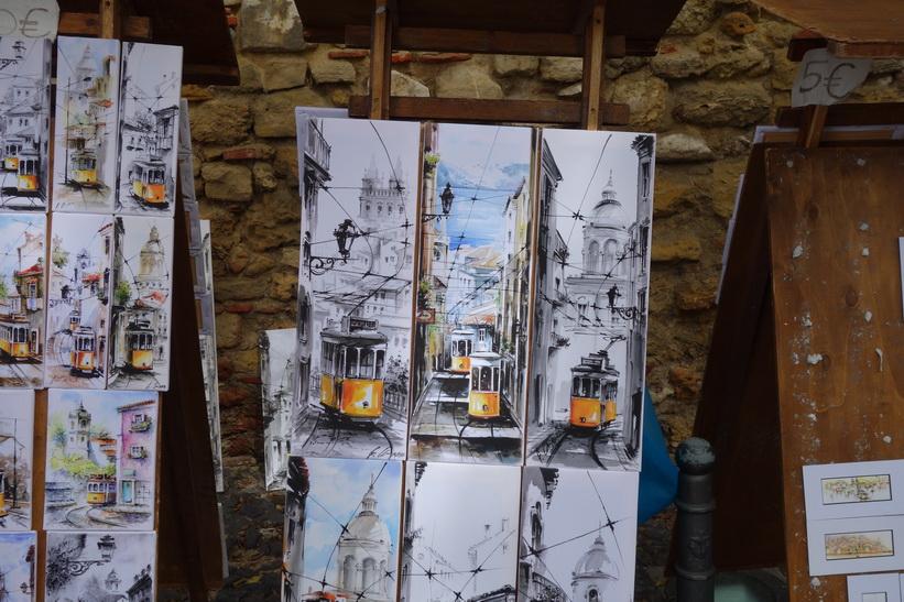 Fina målningar vid Castelo de São Jorge, Lissabon.