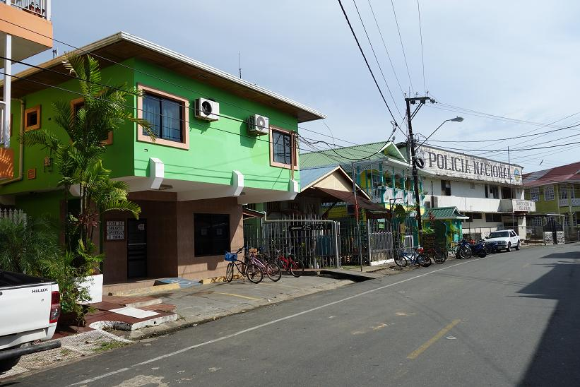 Polisstationen i Bocas Town, Bocas del Toro.
