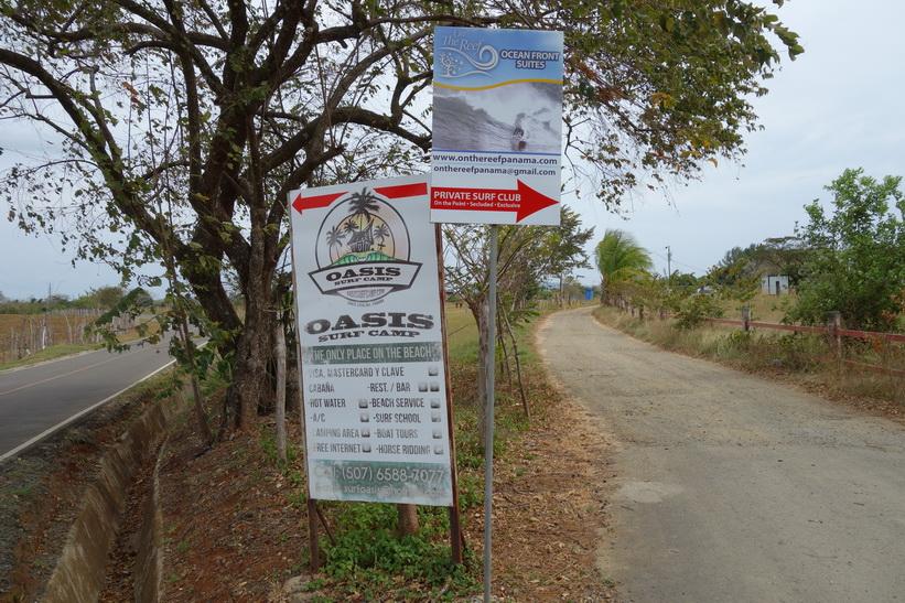 Vägen mellan centrala Santa Catalina och Playa Estero.