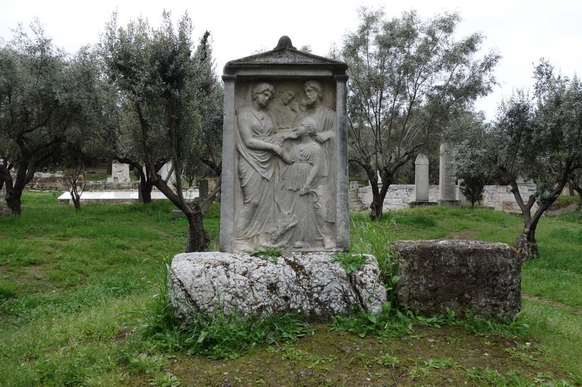 Gravsten i Kerameikos, Aten.