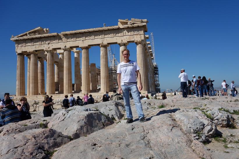 Stefan framför Parthenon, Akropolis, Aten.
