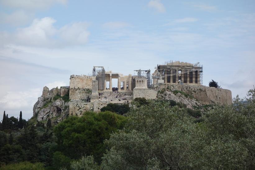 Akropolis sedd från Filopápposkullen, Aten.