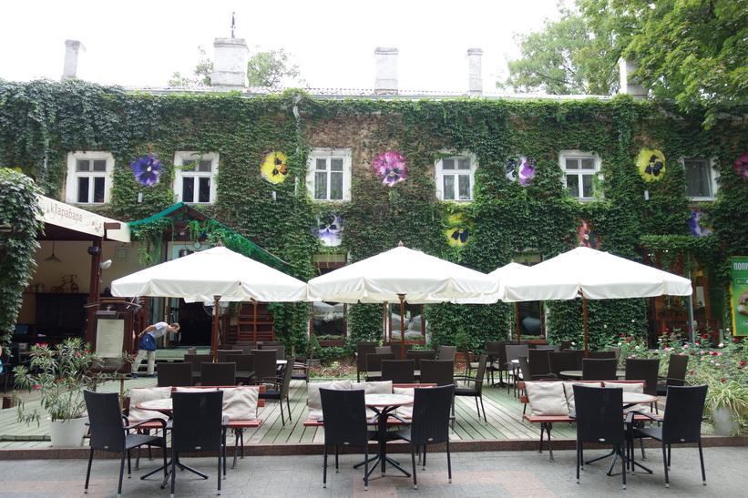 Många restauranger är fint dekorerade i Odessa.