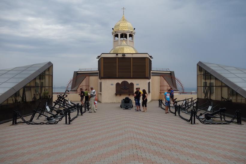 Kyrkan vid vattnet i hamnen, Odessa.