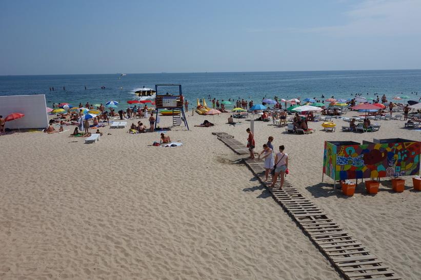 Stranden i Odessa. Helt ok strand med trevlig stämning.