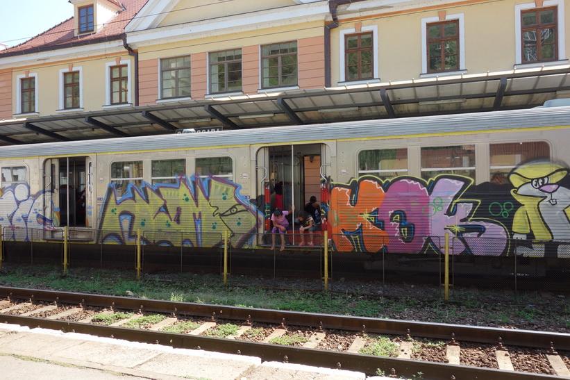 Stationen i Sighișoara. Inför tågresan mellan Sighișoara och Sibiu.
