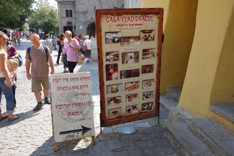 Entrén till Casa Vlad Dracula, Sighișoara, Transsylvanien.
