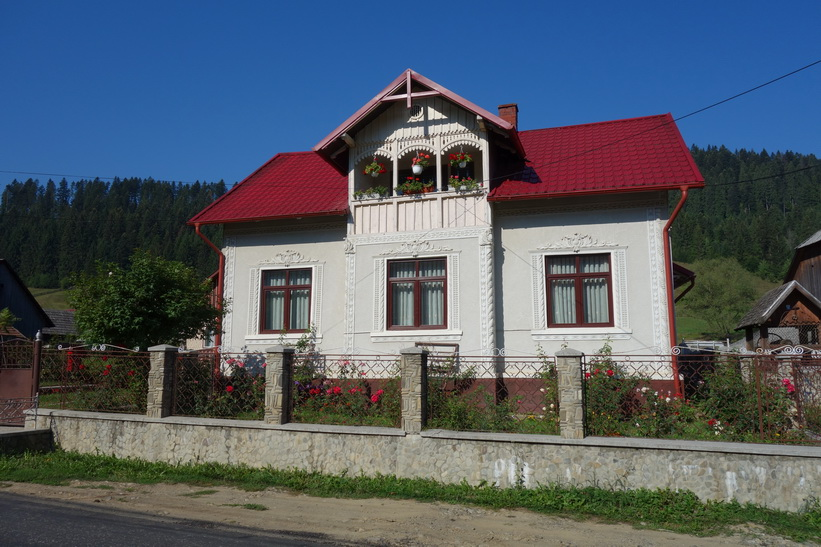 Promenaden från Gura Humorului till Voronet monastery.