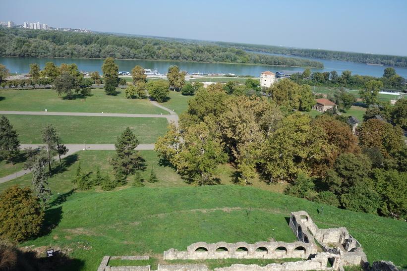 Vy från fortet över Donau.