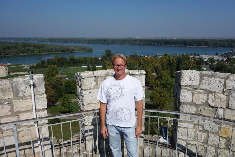 Stefan uppe i tornet i Belgrads fort.