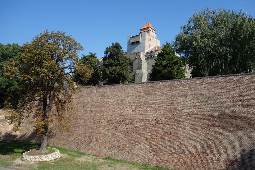 Fortet i Belgrad, notera den massiva muren.