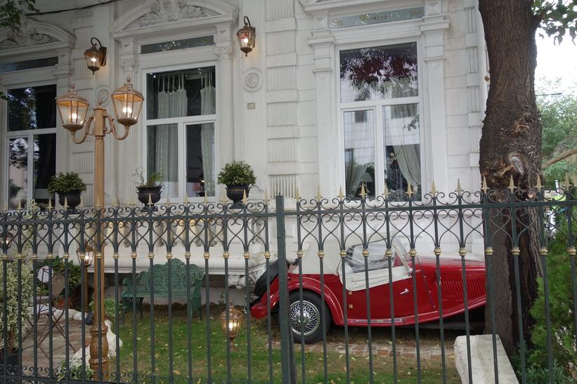 Vackert hus längs Calea Victoriei, Bukarest.