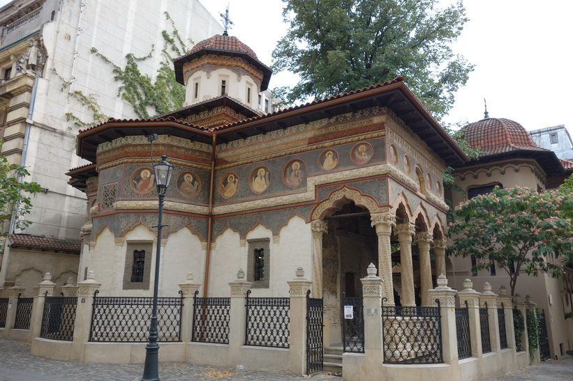Vackra Stavropoleos Monastery, gamla staden, Bukarest.