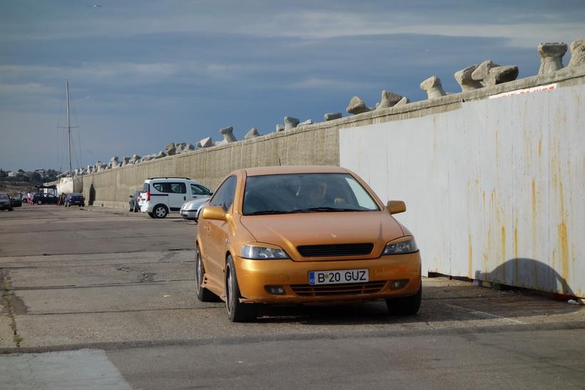 En likadan Opel som jag har hemma, Constanţa.
